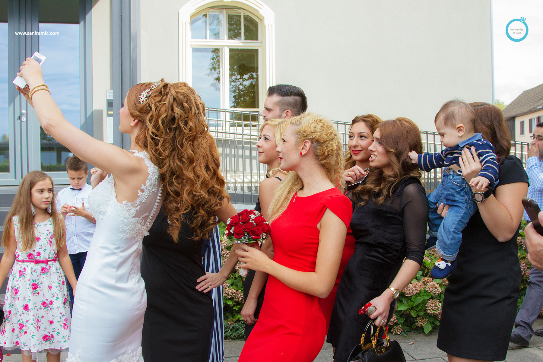 SevincΝman_Wedding_Group_01